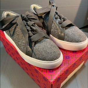 NEW Tory Burch Marian Quilted Sneaker